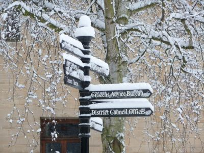 abbey-house-abingdon-snowy-sign.jpg